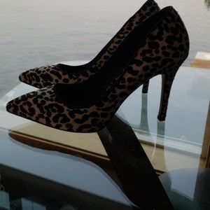 Leopard print stilletos!